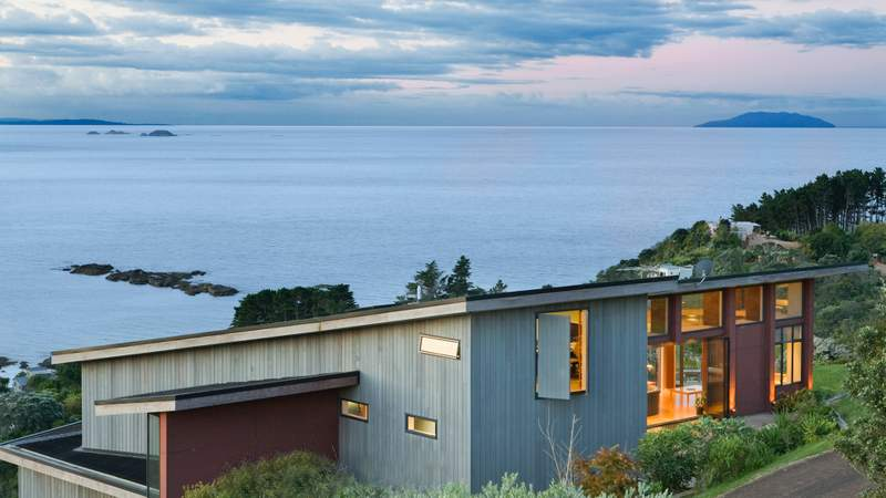 Award-Winning Waiheke Island Luxury with Daily Breakfast